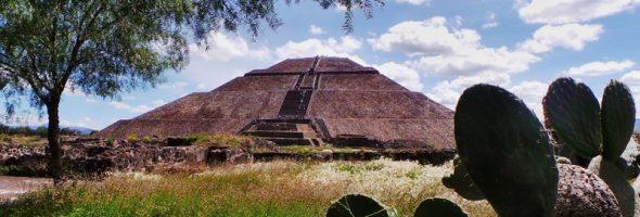 Из Мехико на пирамиды Теотиуакан.