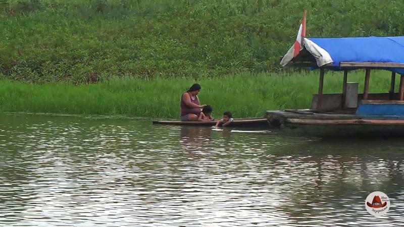 Для местных Амазонка не просто река. Это их дом.