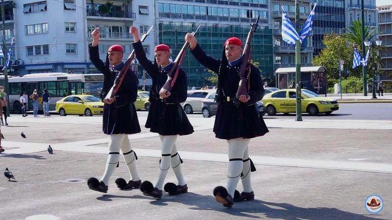 Кто такие греческие Эвзоны 187
