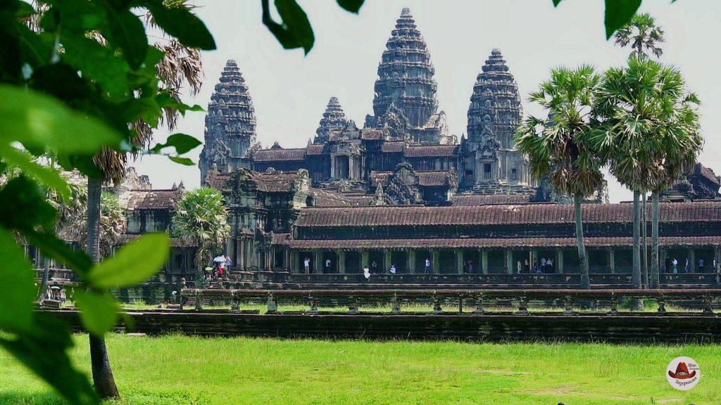 Ангкор Ват.Ради него и едет в Камбоджу