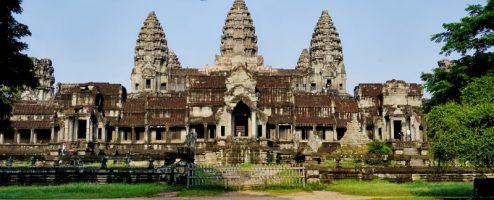 Комплекс храмов Ангкор Ват в Камбодже
